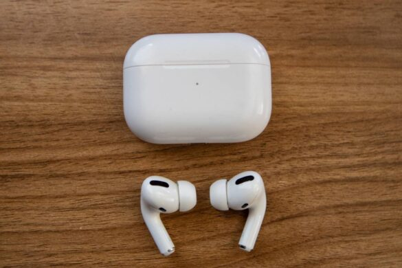 Airpods, Analysis: A lot of Advanced Technology put above Sound